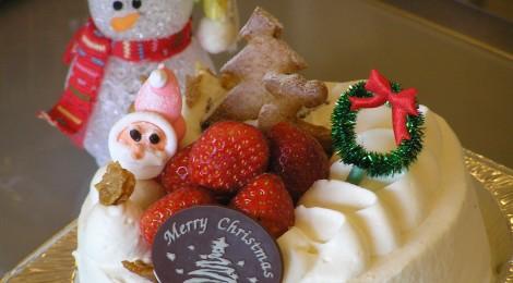 クリスマスケーキ!予約受付中です!