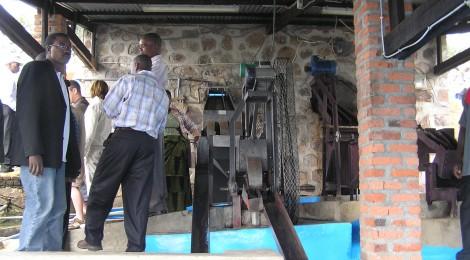 未来世紀ジパング 「コーヒーとゴリラの楽園・ルワンダ奇跡の復興」